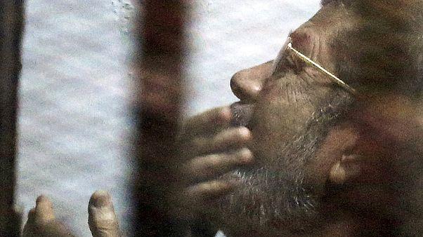 Reazioni preoccupate alla condanna a morte dell'ex presidente egiziano Morsi