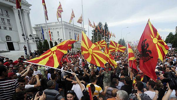 Македония: оппозиция села в палатки перед правительством