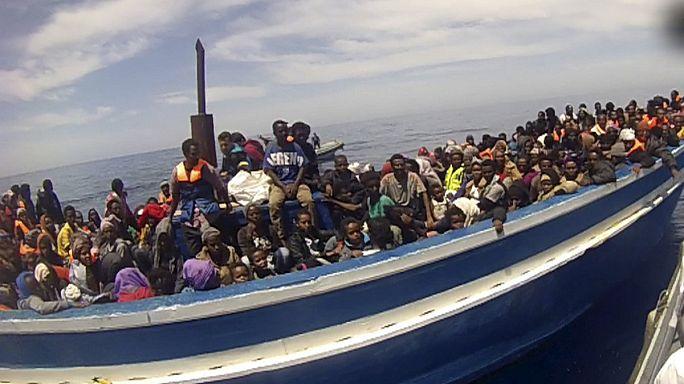 ЕС будет портить лодки для беженцев, если ООН не против
