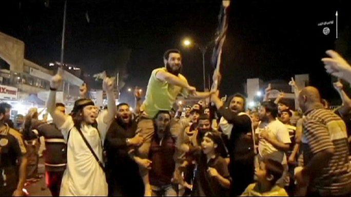 """بمناسبة استيلائها على الرمادي احتفالات لـ """"الدولة الاسلامية"""" في الموصل"""