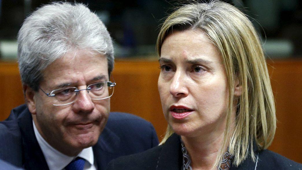 Ministros europeos dan luz verde a una misión naval en el Mediterráneo