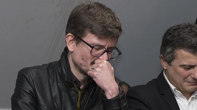 """رسام شارلي إيبدو يقررترك العمل في سبتمبر ل""""شعوره بتأنيب الضمير"""""""