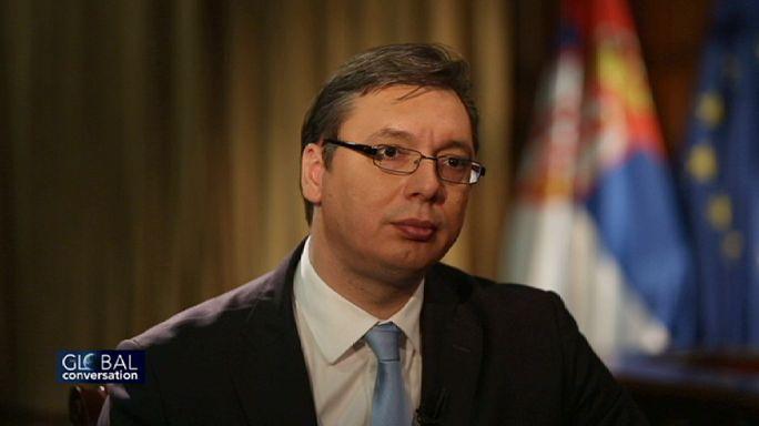 """Aleksandar Vucic: """"Estamos no caminho da União Europeia mas gostaríamos de ter bom relacionamento com a Rússia"""""""