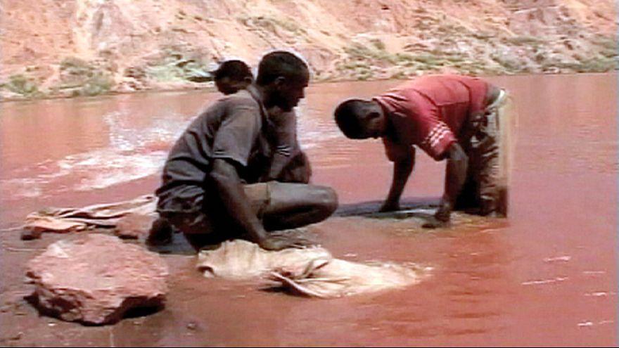 """Eurodeputados debatem e votam sobre """"minerais de conflito"""""""