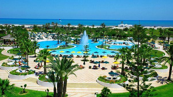 """في جزيرة جربة التونسية مهنيو السياحة يخشون موسما صيفيا """"كارثيا"""""""