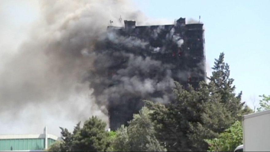 Pokollá változott az égő toronyház Bakuban
