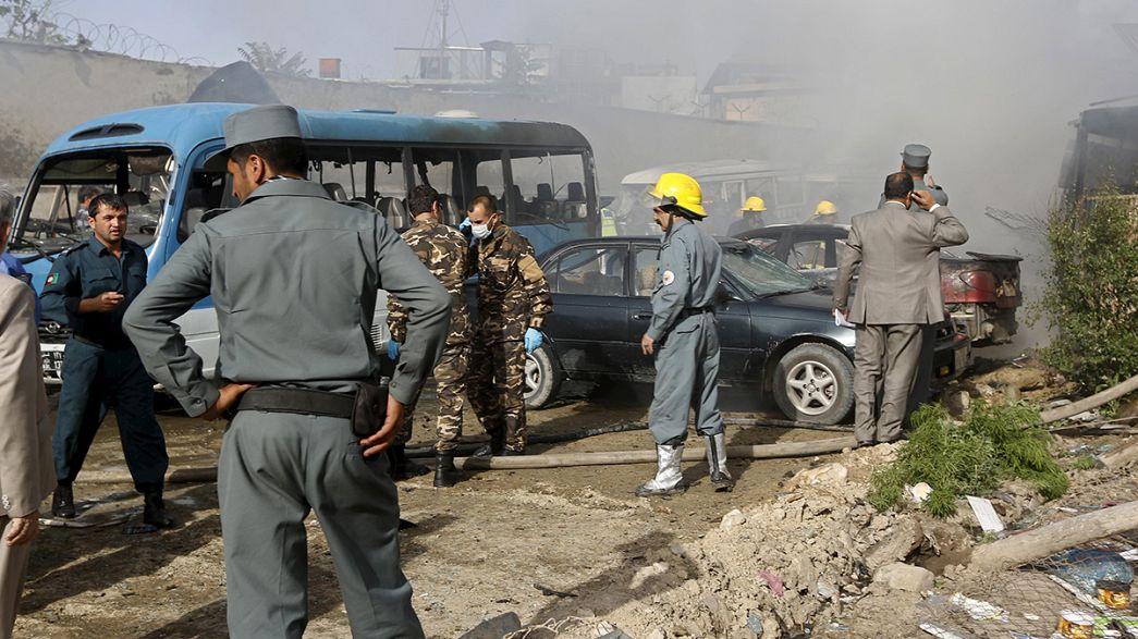 Afeganistão: Atentado à bomba no Ministério da Justiça