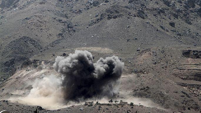 بعد انتهاء الهدنة، مدينة صنعاء تُمطَر بقنابل المملكة السعودية وحلفائها
