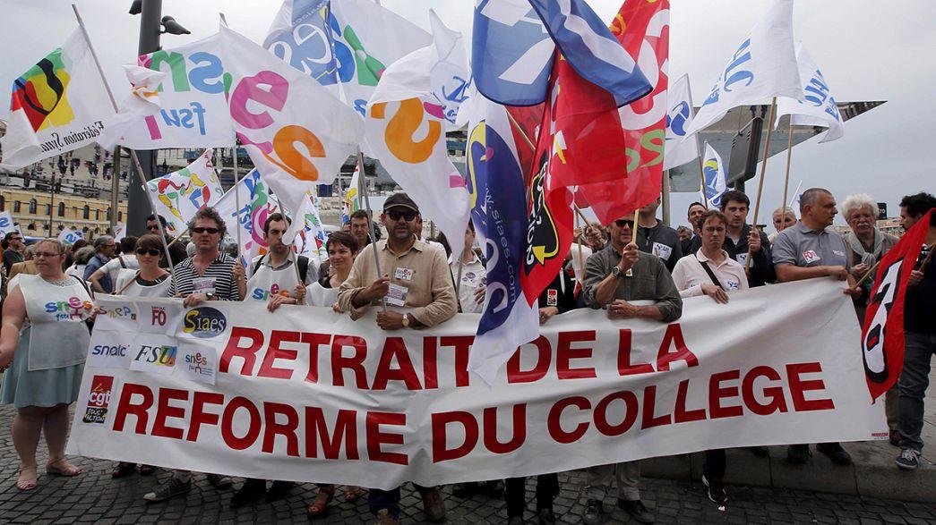 Protesta en Francia contra la reforma educativa que pretende aplicar el gobierno para 2016