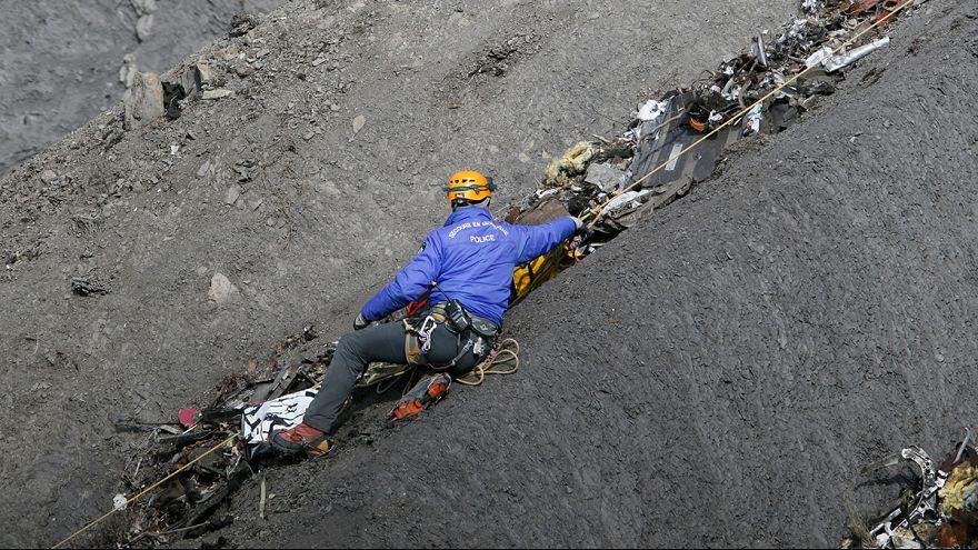 Los 150 fallecidos del avión Germanwings son identificados
