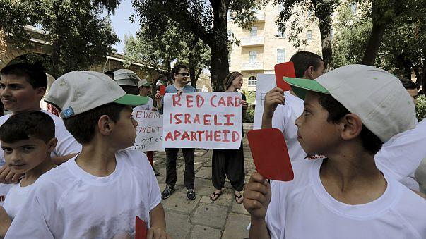 فلسطين مصرة على طلبها بتجميد عضوية اسرائيل رغم محاولات بلاتر التوافقية