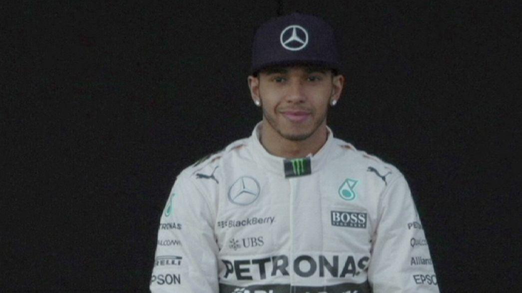Lewis Hamilton renueva con Mercedes hasta 2018
