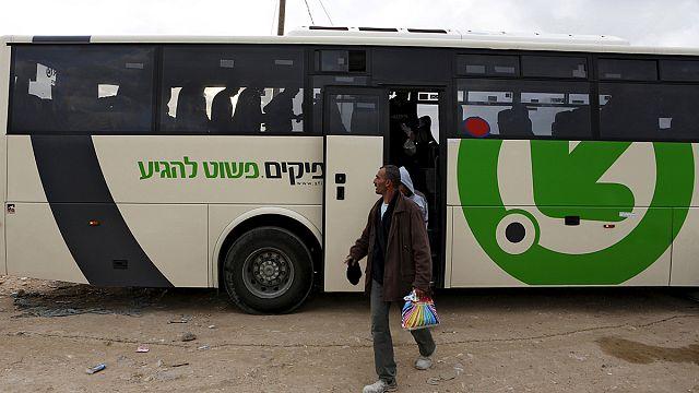 İsrail'den Filistinlilere ırkçı seyahat uygulaması