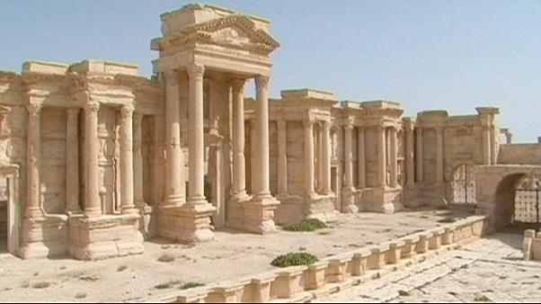 """الجزء الأعظم من مدينة تَدْمُرْ السورية يكون قد سقط بين أيدي """"الدولة الإسلامية"""""""