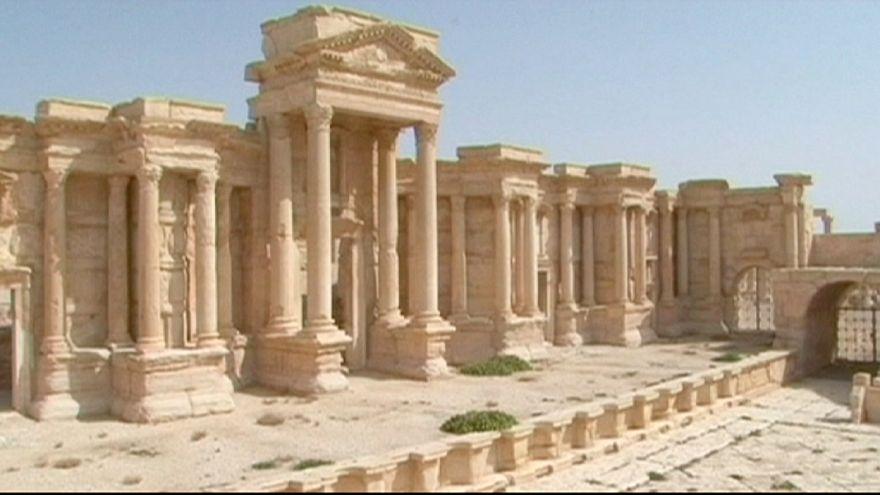 IŞİD Palmira antik kentinin kontrolünü ele geçirdi