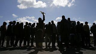 انتقاد معاون کمیسیون اروپا از کشورهای مخالف طرح پذیرش مهاجران