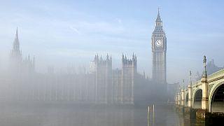 İngiltere'yi sarsan çocuk tacizi skandalı