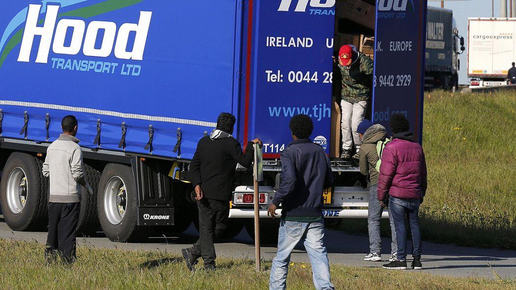 David Cameron ataca-se ao trabalho ilegal para tentar travar imigração clandestina