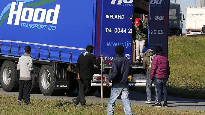 Regno Unito. Cameron annuncia giro di vite contro immigrazione
