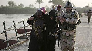 Zehntausende auf der Flucht vor IS-Miliz in Ramadi