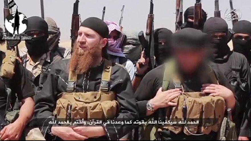 """Junge Rekruten für die Terrororganisation """"IS"""": das große Abenteuer"""