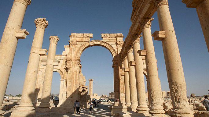 El grupo EI domina el último paso fronterizo entre Siria e Irak tras tomar Palmira