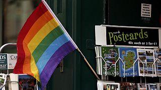 Les Irlandais se prononcent pour ou contre le mariage homosexuel