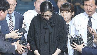 Kiengedték a börtönből a Korean Air vezetőjének lányát