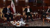 ظریف: هیچ کشوری نباید در گفتگوهای صلح یمن دخالت کند