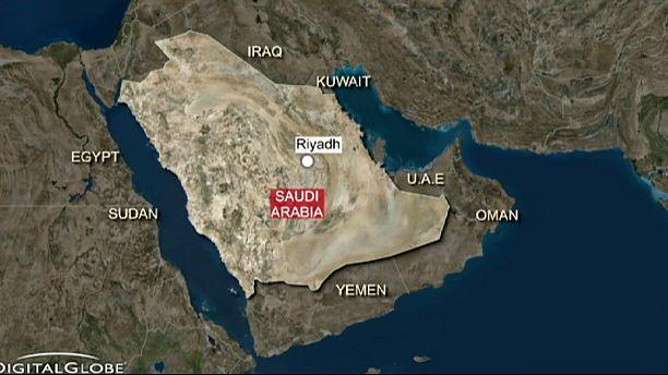 'Suicide bomb' at Shi'ite mosque in Saudi Arabia