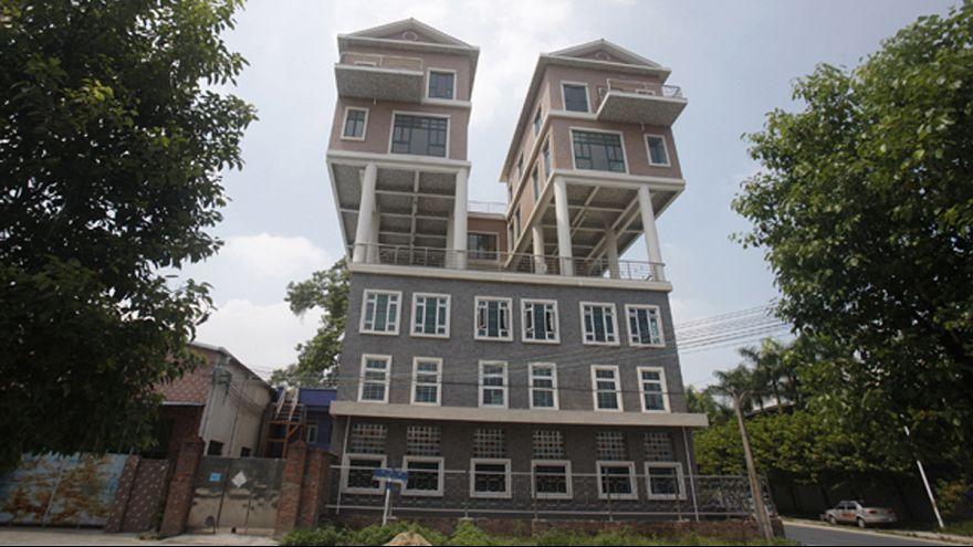 Ki kívánkozna ilyen meghökkentő lakokba? 9 őrületes otthon fotókon