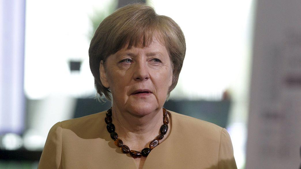 """Merkel: Um acordo para a Grécia exige """"muito trabalho"""""""