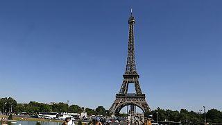 Mobilisation des salariés de la Tour Eiffel contre les pickpockets