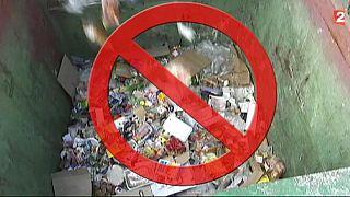 Francia, giro di vite contro lo spreco di cibo nella grande distribuzione