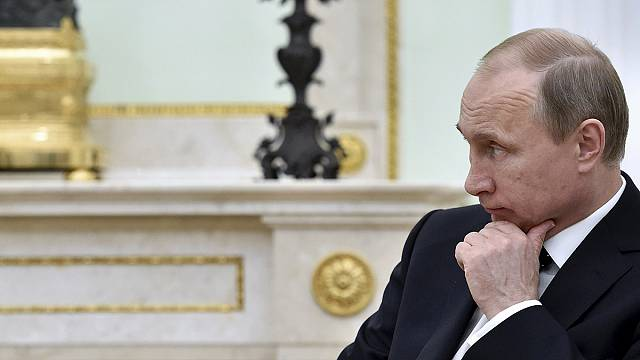 الرئيس الروسي بوتين يوقع على قانون يسمح بمنع نشاط المنظمات الاجنبية التي تشكل تهديدا لروسيا