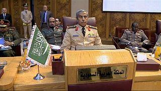 نشست روسای ارتش کشورهای عربی برای تشکیل یک نیروی نظامی مشترک
