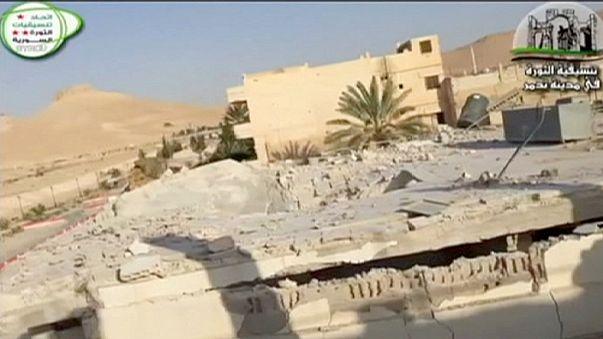 Пальмира: исламисты убили более 400 человек