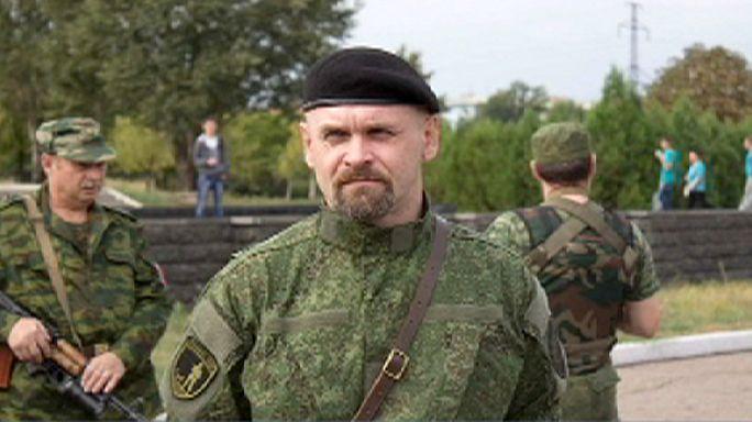 Ukrainian separatist warlord dies in bomb blast