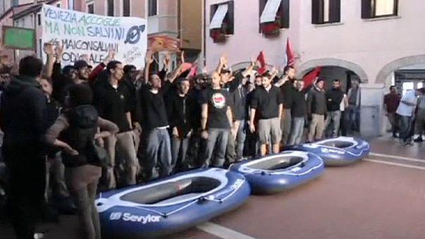 مظاهرة مناهضة لحزب رابطة الشمال في مدينة ميستري الإيطالية