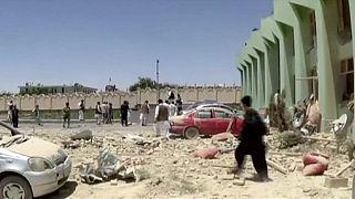 إصابة 70 شخصا في هجوم إنتحاري في أفغانستان