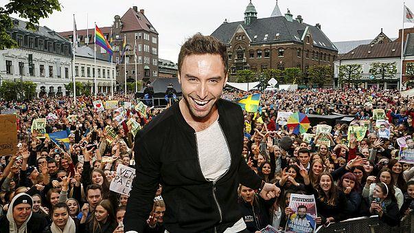 Sweden's winning Eurovision singer gets 'heroes' welcome