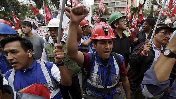 Kínai és mexikói bányatársaságok miatt forrong Peru