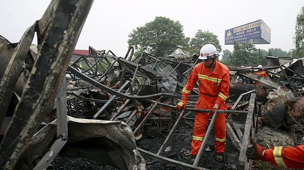 Çin'de alevler huzurevini kül etti: 38 ölü