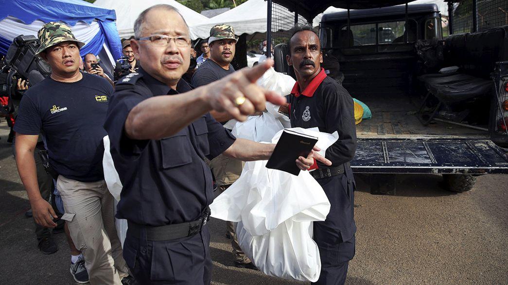 Malezya'da Rohingyalı mültecilere ait toplu mezarlar bulundu