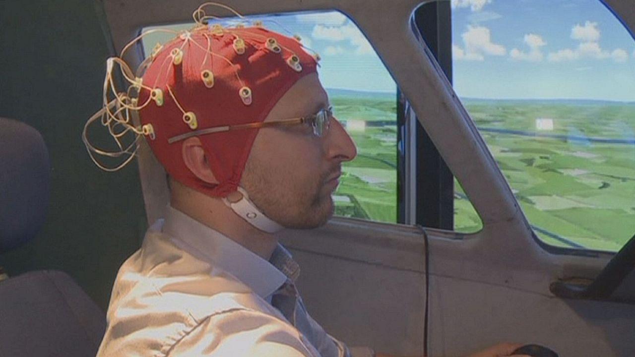 Como é que os pilotos de aviões reajem ao stress e à pressão psicológica?