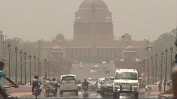 Hindistan'ı Güneş çarptı: 800 ölü