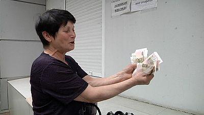 Donetsk cobra en rublos