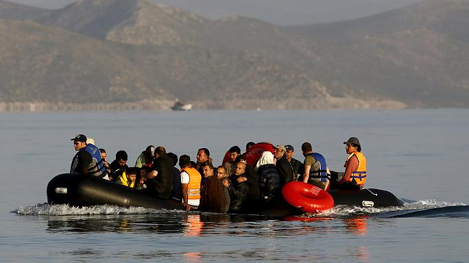 Ismét menekültek érkeztek Európába