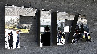 Arresti tra i vertici della FIFA. Tegola sul presidente Blatter