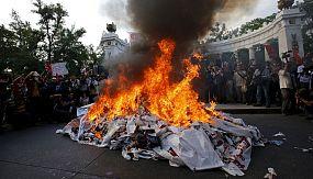 nocom: México: protesta en memoria de los 43 estudiantes desaparecidos